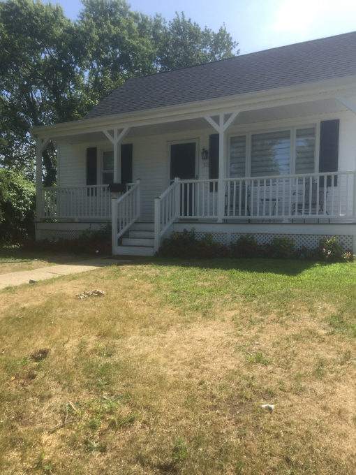 House for Rent - Walk To  MU